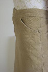 014GSV -Skirt - Light tan -Beige Skirt- GAP Label-Corded fabric Image