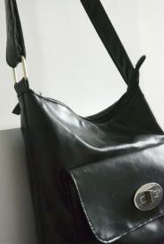 Vintage  - BAG - Black - Leather Look - Handbag- Stylish  Silver clip to front - GLAM shop Vintage - Bag Collectio  013GSV             Image