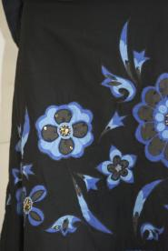 003GSV-FREE-John Rocha -Black A Line Skirt -Electric Blue- 3d flower  Image
