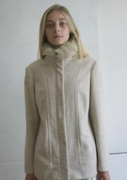 023-GSV-Classic -Beige - Jacket - fury collar            Image