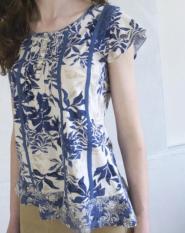 John Rocha - Size 12  - Top - White  - Blues Flower pattern - long length - GLAM shop Vintage - Work Collection  - 016GSV Image