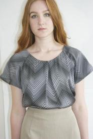 Epilogue - Size 12 - Top - Blouse - Silver Grey - Black  - V line - pattern - GLAM shop - Vintage - Work Collection   008GSV Image
